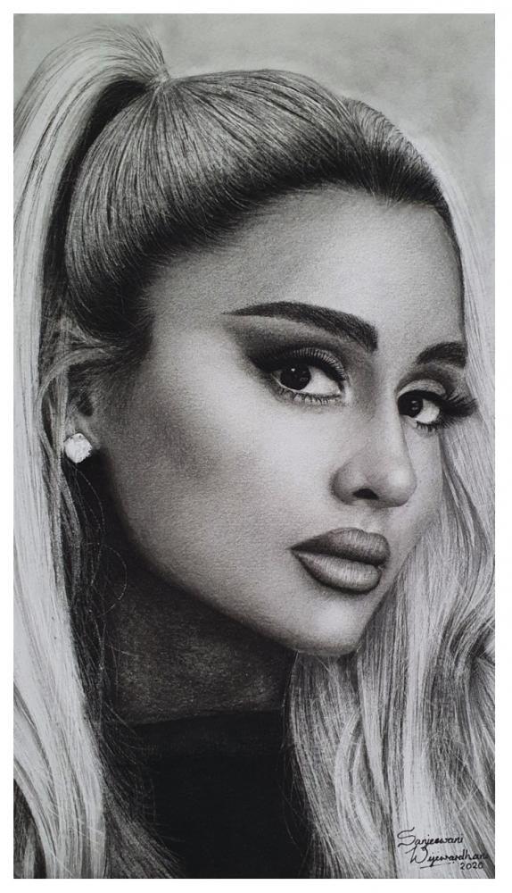 Ariana Grande by sanjulkm